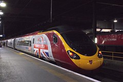390-151 at London Euston (Karel1999 Over a Million views ,many thanks) Tags: zug trains virgin euston vlak pendolino