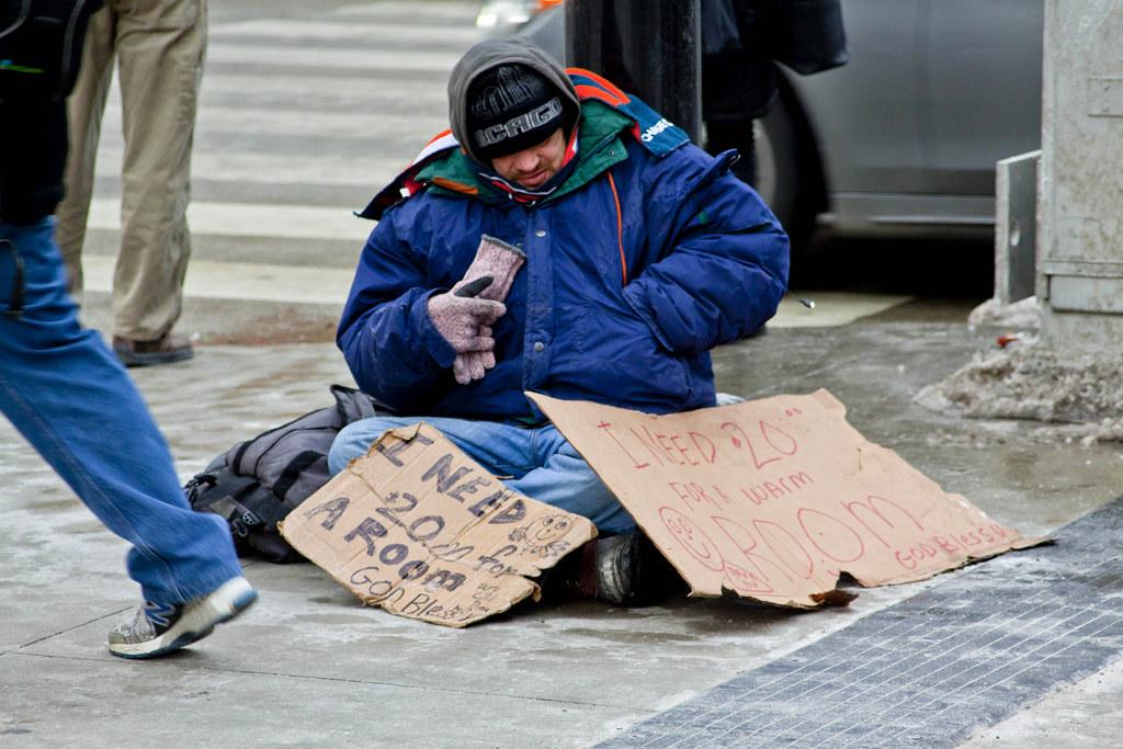 Kết quả hình ảnh cho beggars in Netherlands train station