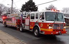 PFD Ladder 10 (aaronm1123) Tags: philadelphia fire alf firetruck philly ladder firedept tiller pfd americanlafrance lti phillyfire philadelphiafire laddertowersinc phiadelphiafire firetruckpfd philadelphiafirefiretruck