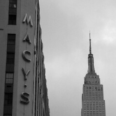 ESB-Macy (Did From Mars) Tags: ny nyc new york us usa eu esb macys