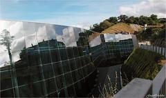 Museo Balenciaga - Getaria (Guijo Crdoba fotografa) Tags: espaa reflection building spain arquitectura edificio nikond70s reflejo museo paisvasco balenciaga guipuzcoa guetaria nikonflickraward flickrtravelaward guijocordoba