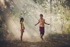 Countryside children play traditional game in a village in Hanoi, Vietnam. (:: Focus Studio ::) Tags: asia childhood children china country countryside fun game hanoi happy home innocent kid land light people play ray rural sunset traditional tree vietnam vietnamese village outdoor