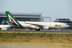 "Alitalia""Giotto""EI-EJK (shumi2008) Tags: airbus a330 alitalia yyz a332 330200"