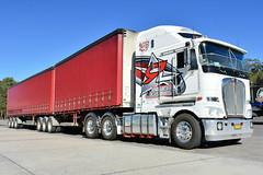 Rowell Freightlines Kenworth K200 (Bourney123) Tags: trucks truc trucking highway haulage kenworth k200 rowell freightlines sydney brisbane australia loaded diesel truck stop
