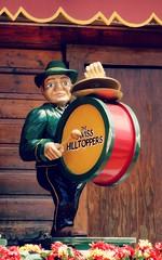 Swiss Hilltoppers (e r j k . a m e r j k a) Tags: ohio whimsy figure drummer sugarcreek roadside tuscarawas erjkprunczyk oh39