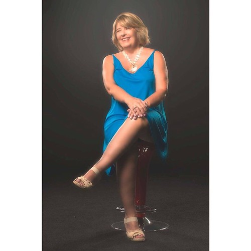 Vicki and her husband Randy recently came to the studio from South Carolina to have photos made. You gotta love that gorgeous smile.