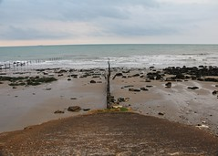 #Folkestone #the warrens #beach #rockpools #martellotowers (heatherkent2) Tags: folkestone warren beach rockpools martellotowers