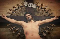 Jésus en croix - Abbaye de St Avit Sénieur - Dordogne (de Provence et d'ailleurs) Tags: christ dordogne croix abbaye jésus périgordnoir cruxifiction stavitsénieur