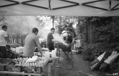 Le Barbecue (Ghoul-Seine) Tags: bw white black paris france noir nb barbecue blanc ghoulseine ramjanally