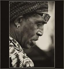 RETRATO FERIA DE SAN TELMO (VIII) (cuma 2013) Tags: portrait retrato xti 400d canon400d canonxti santelmo2014