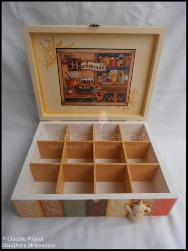 """Caixa de chá de 12 divisões """"Homemade"""""""