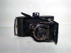 Voigtlnder Bessa 4.5 (Mark Dalzell) Tags: camera 120 film bessa headshot 45 voigtlnder
