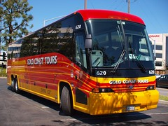 Gold Coast Tours Bus 620 - Olympus E-520 - Leica D. Summilux 25mm f/1.4 Asph. (divewizard) Tags: california leica red orange bus yellow us unitedstates d f14 olympus panasonic american dslr manhattanbeach summilux asph 버스 43 25mm buss motorcoach mci 620 autobús losangelescounty バス اتوبوس bussi автобус 公共汽车 אוטובוס strætó fourthirds goldcoasttours 公共汽車 90266 motorcoachindustries e520 j4500 leicadsummilux25mmf14asph chrisgrossman बस حافلة mcij4500 λεωφορείο olympuse520 leicadsummiluxasph25mmf14 รถบัส ibhasi cp7931 hotdoggertoursinc ca15588 usdot230226