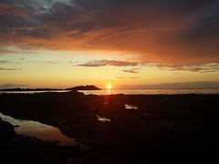 Sundown (dawnUK69) Tags: sunset sun landscape scotland landscapes scenery aberdeenshire gardenstown