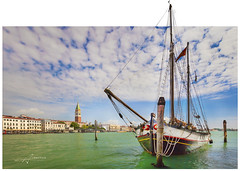 Venice, ship (Albert Photo) Tags: bridge venice italy rialtobridge water architecture river boat europe ship waterfront outdoor traditional tourists transportation vehicle oar gondola grandcanal boatman gondolier palazzoducale watercourse piazzasanmarco propelled stmarkssquare