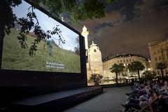 "Kino unter Sternen am Karslplatz • <a style=""font-size:0.8em;"" href=""http://www.flickr.com/photos/39658218@N03/28146481700/"" target=""_blank"">View on Flickr</a>"