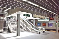 DSC_1452 (billonthehill2001) Tags: boston subway mbta governmentcenter greenline blueline