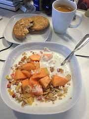Frukost 12/8 (Atomeyes) Tags: mat fil msli melon ananas knckebrd frskost kaffe
