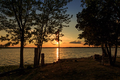 Salute the Sunset (Anvilcloud) Tags: sunset lakepark carletonplace mississippilake