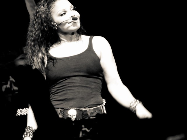 Janet Jackson - Number Ones 'Up close & personal' 2011 World Tour - Olympia, Paris (2011)