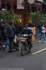 K5II-171115-063 (Steve Chasey Photography) Tags: china pentaxk5mkii shanghai smcpentaxda50135mm streetscenes