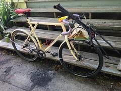 Cargo(bike) (Tysasi) Tags: gt talera fixie fixedgear shopping 650b raleigh omafiets roadsidefind