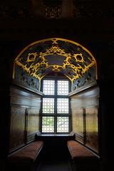 For Kings & Queens of another time (J. Roseen) Tags: royal kunglig window fnster kalmarslott kings queens eos7dmkii sweden sverige norden nordic scandinavia skandinavien