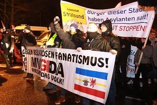 Fotogalerie Mvgida-Stralsund und Gegenproteste