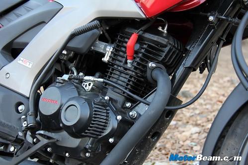 Honda-CB-Unicorn-160-22