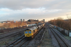 Winter Light. (marcus.45111) Tags: train canon gm flickr diesel railway coal dslr freightliner 2015 class66 flickruk canoncameras 1100d hatfieldandstainforth moderntraction hatfieldcolliery