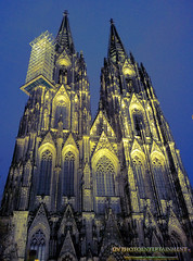Duomo di Colonia (DV Photo Entertaiment) Tags: vertical night germany dom style nrw colonia koeln hdr deutchland flickrtravelaward