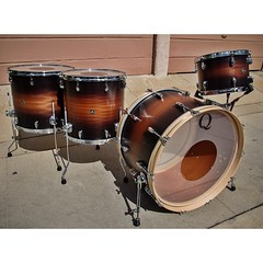 I have always loved this finish. Black/natural mahogany/black satin fade on mahogany shells. 24, 13, 16, 18 (perfect sizes also)! #qdrumco #mahogany #drums