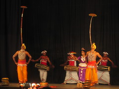 Plate Balancing Dancers in Kandy