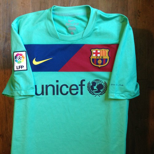 3dde1a1c5 2010-2011 FC Barcelona Away Jersey - a photo on Flickriver
