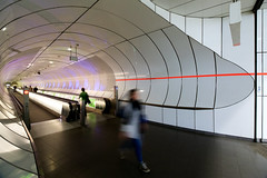 Tunnelvisie (zsnajorrah) Tags: people urban motion netherlands sign rotterdam candid text escalator wideangle tunnel indoor kopvanzuid movingwalkway wilhelminaplein uwa ultrawideangle wilhelminapier nederlandsfotomuseum 7dmarkii efs1018mm