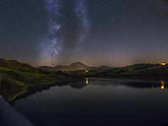 P8100030-1_stitch-13 (Francesco Ganzetti) Tags: nigh sky stars water reflection countryside marche italy nightscape landscape nature beautiful milky way olympus panasonic 20mm iso