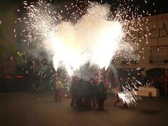Fireworks , Diables (35) (calafellvalo) Tags: noche fireworks calafell fuegosartificiales nit plvora traca diables masclet calafellvalo castelldefoc diablesdecalafell guaitels festamajordecalafell diablesfireworksfuegosartificialescalafellcalafellvalo