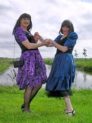 Dancing (Paula Satijn) Tags: gril gurl tgirl lady dress skirt outside shiny purple blue satin slik sliky nature grass ladies friends