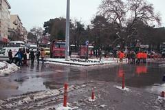 dingilolu park (suat_uar) Tags: krklareli january snow planetree square municipality workers people monday film analog eos 300 canon 2880 fuji c200 birds cold frosty