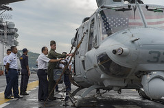 160811-N-KR961-069 (U.S. Pacific Fleet) Tags: boxarg13meu16 ussboxerlhd4 amphibiousreadygroup 13thmarineexpeditionaryunit 13thmeu usmarines usnavy cpr1 us7thfleet maritimemalaysia malaysia