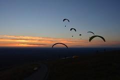 DSC_1775 (justinecharrel) Tags: sunset coucher de soleil auvergne france puydedome volcan montagne nature landscape paysage colors orange red blue sky clouds sun parapente parasailing nikon nikond3200 out