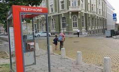 Sofia/ (Elisa1880) Tags: sofia bulgaria bulgarije mensen people straat street telephone telefooncel