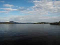 Luss 5 (Jan Enthoven) Tags: scotland highlands loch lomond luss scenery vista water mountains