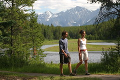 Hiking (Alberta Parks) Tags: outdooractivities people dayhike hike walk hiking mountains parks recreation activity