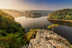 Zvikov castle (Robert Prcha) Tags: castle zvikov bohemia southbohemia czechrepublic czech vltava otava confluence river rock hill autumn morning sunrise fog mist landscape tree travel europe day