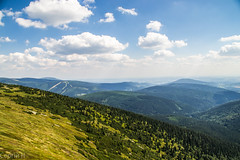 Above the Clouds (C H) Tags: mountains czech republic czechrepublic poland krkonoe kerkonosze sniezka snka kotel mohyla dvoraky nikon nikond3100 clouds sky cloud hill peak hills green blue