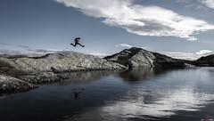 Happy hike... (bent inge) Tags: d810 norway rogaland fjellhug suldal ryfylke october 2016 hiking norwegianmountains gullingen natlandsnuten