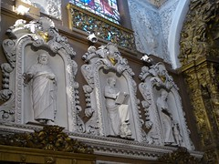 Next to the main altar (Linda DV) Tags: lindadevolder panasonic geotagged travel portugal porto europe 2016 citytrip oporto ribbet