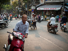 VN HIP (grapfapan) Tags: hanoi vietnam oldtown street streetlife people candid
