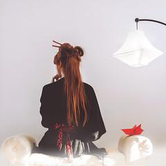 -Land of Origami- (Sarah Lacroix Photographie) Tags: bird japan japanese origami valentine redhead geisha obi paperlantern redhairs